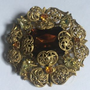 Magnificent amber stone vintage Victorian brooch